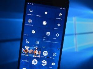 О новых версиях Windows 10 Mobile